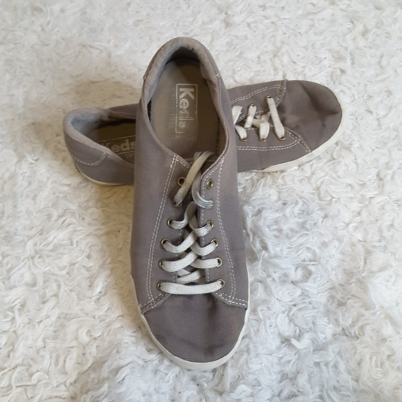 Keds Ortholite grey lace up canvas sneaker sz 7.5